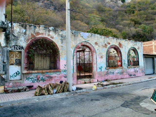 Teen girls in Manzanillo